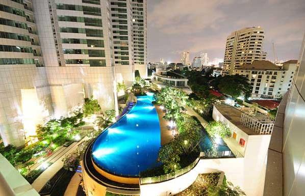 Millennium-Residence-Bangkok-gardens1-598x385